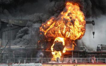 Νότια Κορέα: Δώδεκα τραυματίες έπειτα από έκρηξη σε πετρελαιοφόρο