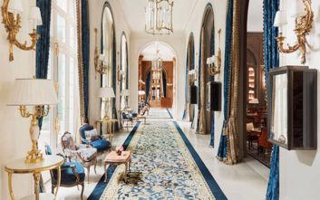 Το ιστορικό ξενοδοχείο με τα δωμάτια που ξεκινούν από τα 2.000 ευρώ