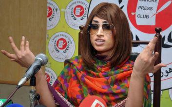 Η «Κιμ Καρντάσιαν του Πακιστάν» που δολοφονήθηκε από τον αδερφό της για λόγους «τιμής»