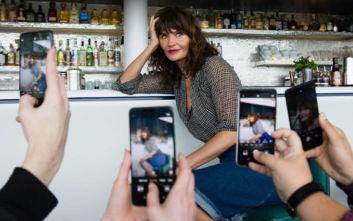Το μοντέλο των 90s Έλενα Κρίστενσεν είναι 50άρα και ανεβάζει τόπλες φωτογραφία