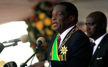 Ρόμπερτ Μουγκάμπε: Από ήρωας της απελευθέρωσης... τύραννος που κατέστρεψε το «κόσμημα της Αφρικής»