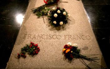 Το ανώτατο δικαστήριο της Ισπανίας έδωσε την άδεια για την εκταφή του λειψάνου του Φράνκο