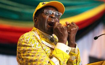 Πέθανε στα 95 του ο πρώην πρόεδρος της Ζιμπάμπουε Ρόμπερτ Μουγκάμπε
