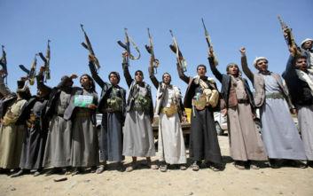 Οι Χούτι της Υεμένης έπληξαν με πυραύλους και drone στρατιωτικές εγκαταστάσεις στο Ριάντ