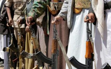 Yεμένη: 16 νεκροί από αεροπορικά πλήγματα σε περιοχή που ελέγχουν οι Χούτι