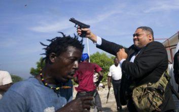 Γερουσιαστής άνοιξε… πυρ κατά διαδηλωτών στην Αϊτή