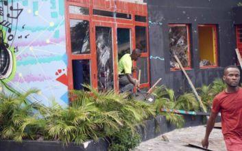 Πανικός στους δρόμους της Αΐτής σε διαδηλώσεις κατά του προέδρου της χώρας