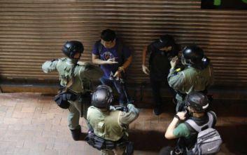 Συνεχίζονται οι συγκρούσεις στο Χονγκ Κονγκ, μαζικές συλλήψεις διαδηλωτών