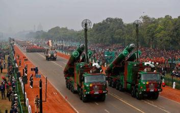 «Η Ινδία παρήγγειλε ρωσικά οπλικά συστήματα αξίας 14,5 δισεκατομμυρίων δολαρίων»
