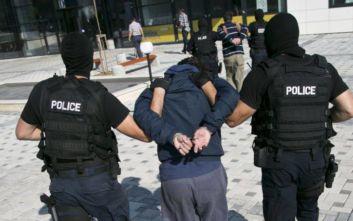 Πολυετή κάθειρξη για έξι Κοσοβάρους που καταδικάστηκαν για τρομοκρατία