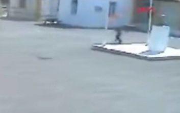 Ένταλμα σύλληψης για τον 16χρονο που κατέβασε την σημαία του Αττίλα στα Κατεχόμενα