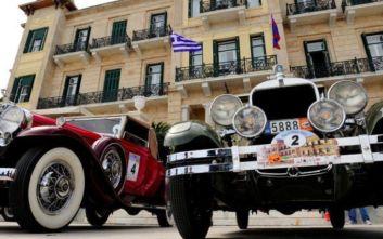 Ευρεία σύσκεψη στο υπουργείο Μεταφορών για τα ακινητοποιημένα ιστορικά οχήματα