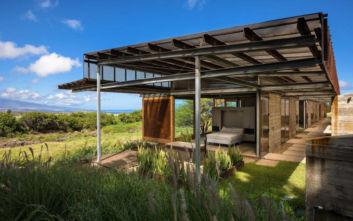 Το σπίτι στη Χαβάη που θέλει να αγκαλιάσει το αφιλόξενο τοπίο