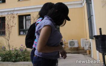 Αναβλήθηκε η δίκη της 19χρονης, ζητά για μάρτυρες τους αστυνομικούς που βρήκαν το βρέφος
