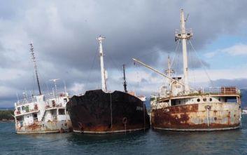 Απομακρύνονται τρία ναυάγια από την Ελευσίνα