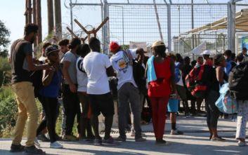 Συνεπής η Ελλάδα στις συνθήκες κράτησης, καταδίκη για ελλειπή ενημέρωση των προσφύγων
