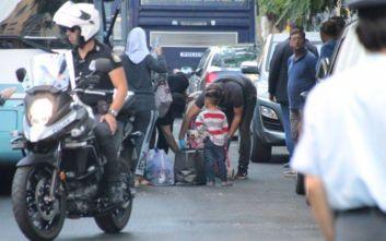 Σε συντονισμό με τον Δήμο Αθηναίων η αστυνομική επιχείρηση στην Αχαρνών
