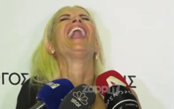 Τα γέλια της Μπεκατώρου όταν μαθαίνει πως ο Μαζωνάκης θα πάει στο Voice