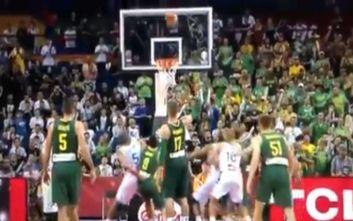 Η FIBA αναγνώρισε το λάθος στο Γαλλία-Λιθουανία, τιμωρεί τους διαιτητές