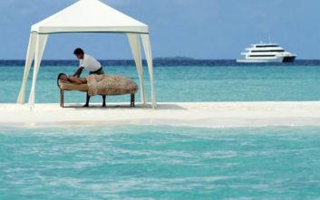 Εξερεύνηση στις Μαλδίβες με μια κρουαζιέρα 16.000 ευρώ το άτομο
