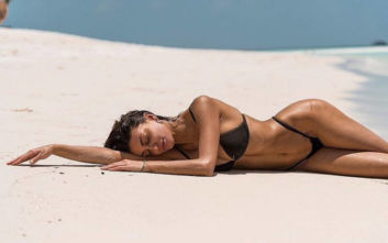 Η Cristina Buccino είναι η αποθέωση της ομορφιάς και της φινέτσας