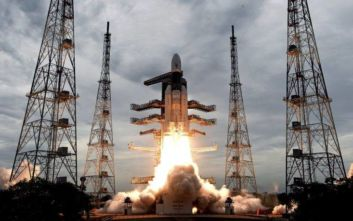 Η Ινδία έχασε επαφή με την άκατο προσελήνωσης Vikram του Chandrayaan-2