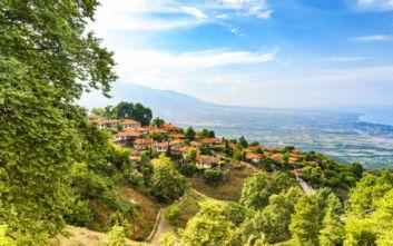 Το χωριό του Ολύμπου που συνδυάζει βουνό με θάλασσα
