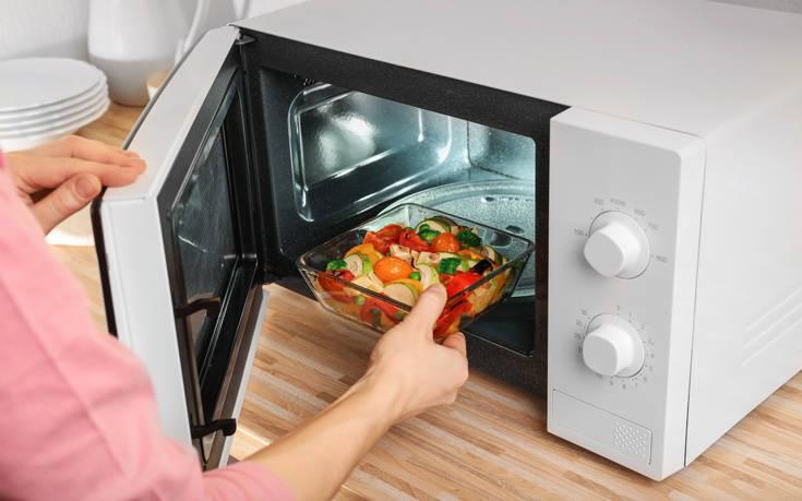 Αλήθειες και ανακρίβειες για τον φούρνο μικροκυμάτων