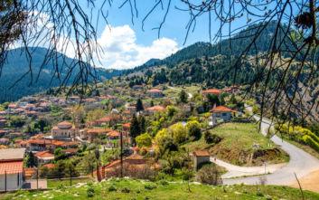 Το χωριό έκπληξη στη σκιά του Μαινάλου
