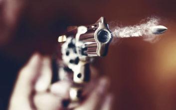Πυροβόλησε για να φοβερίσει τον αδερφό του