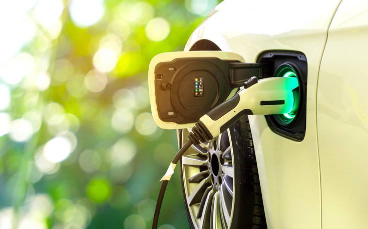 Κίνητρα για ηλεκτροκίνητα ταξί και εταιρικά αυτοκίνητα