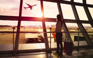Είπε στον σύζυγο ότι πάει για ψώνια και την έπιασαν στο αεροδρόμιο με εισιτήρια για άλλη ήπειρο