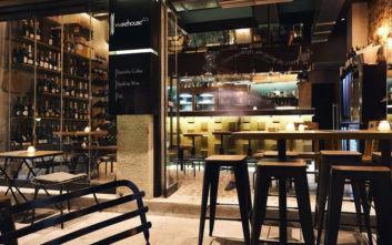 Καθιερωμένα wine bars για κρασάκι σε τραπεζάκια έξω