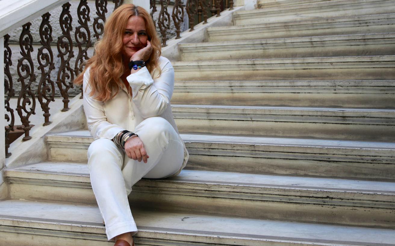 Η Ευανθία Ρεμπούτσικα μάς αφηγείται το μουσικό ταξίδι της ζωής της