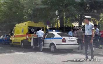 Τροχαίο ατύχημα μπροστά στο Μέγαρο Μαξίμου