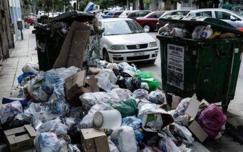 Δήμος Αθηναίων: «Μην κατεβάζετε σκουπίδια το Σαββατοκύριακο»