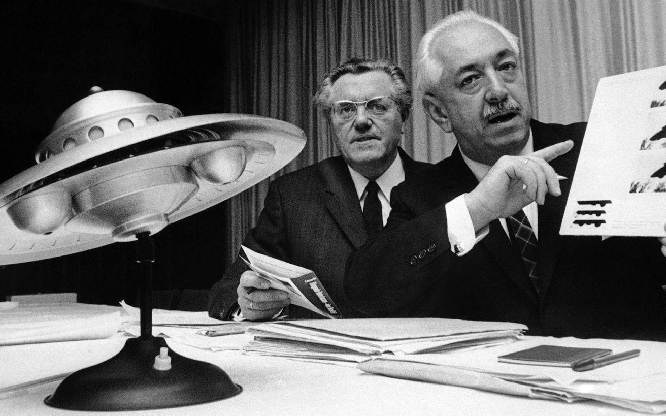 Σημαντικοί άνθρωποι που έκαναν δημόσια λόγο για… εξωγήινους