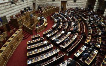 Η προανακριτική για Παπαγγελόπουλο, τα άδεια έδρανα και το πρώτο σχόλιο από τον ΣΥΡΙΖΑ