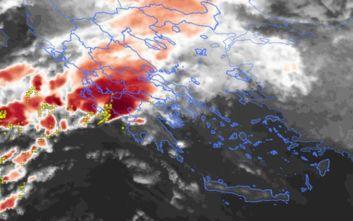 Καιρός: Ισχυρές βροχές στην Αττική μετά το μεσημέρι