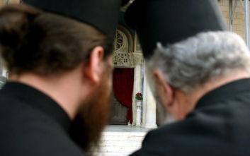 Κληρικοί Μητρόπολης Θηβών και Λεβαδείας: Κατηγορηματικό «όχι» στην καύση των νεκρών