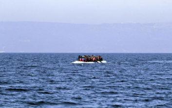 Στη Μυτιλήνη βάρκα με 27 πρόσφυγες και μετανάστες - Θα τεθούν σε καραντίνα