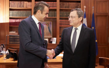 Μεταρρυθμίσεις, επενδύσεις και κόκκινα δάνεια στο επίκεντρο της συνάντησης Μητσοτάκη - Ντράγκι