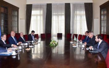 Oι εξελίξεις σε Συρία και Λιβύη στη συνάντηση Δένδια - Αραβικού Συνδέσμου