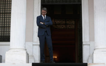 Μαξίμου για Νίκο Κοτζιά: Ας μην ζητάει και τα ρέστα