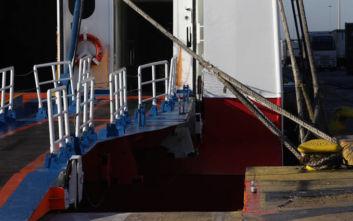 «Δεμένα» τα πλοία ανοιχτού τύπου στα λιμάνια Ηγουμενίτσας, Κέρκυρας και Λευκίμμης