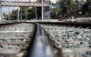 Κόλλησε το τρένο στις ράγες στην Τιθορέα