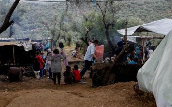 Λέσβος: Μεγάλη συγκέντρωση ενάντια στη δημιουργία νέων δομών για τη φιλοξενία μεταναστών