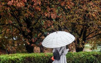 Καιρός: Βροχές στα δυτικά την Πέμπτη, πέφτει η θερμοκρασία την Κυριακή