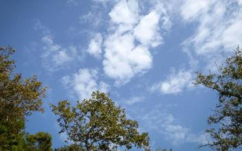 Καιρός: Ηλιοφάνεια με 29άρια, εξαίρεση τα Δωδεκάνησα