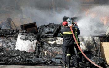 Φωτιά τώρα σε εργοστάσιο στον Ασπρόπυργο